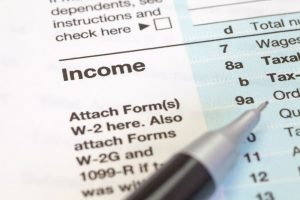 Close-up-US-income-tax-form